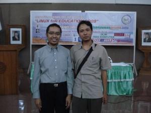 bersama Begawan Linux Indonesia