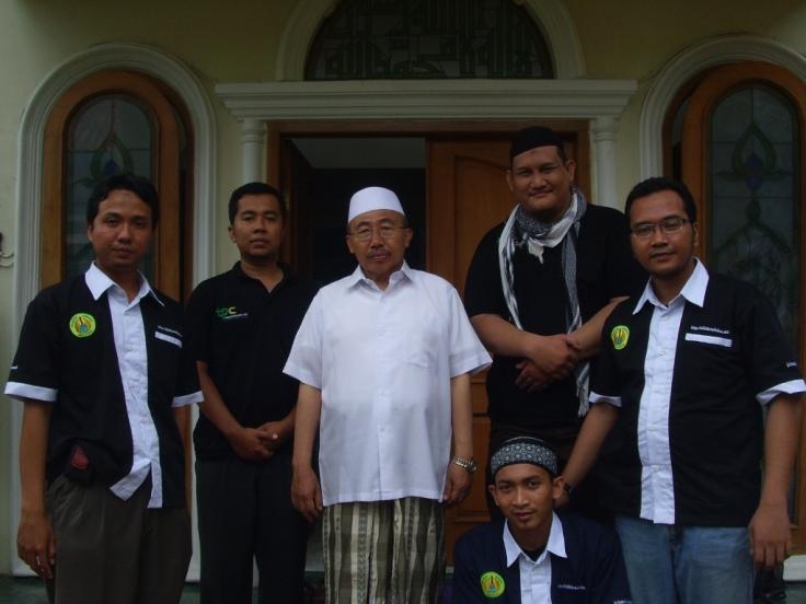 Pamitan dengan Pengasuh Pondok, Abah Yai (Ketua DPP NU Jateng)