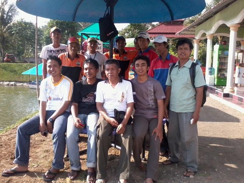 Lomba Perahu Naga di Dreamland desa Pancasan, Banyumas (4/6)