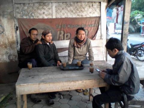 kopi dan mendoan di lokakarya desa membangun dawuhan banyumas