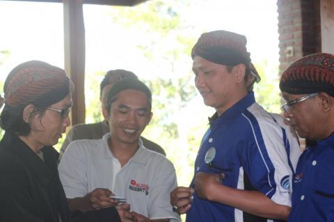 relawan tik di lokakarya desa membangun desa dawuhan banyumas