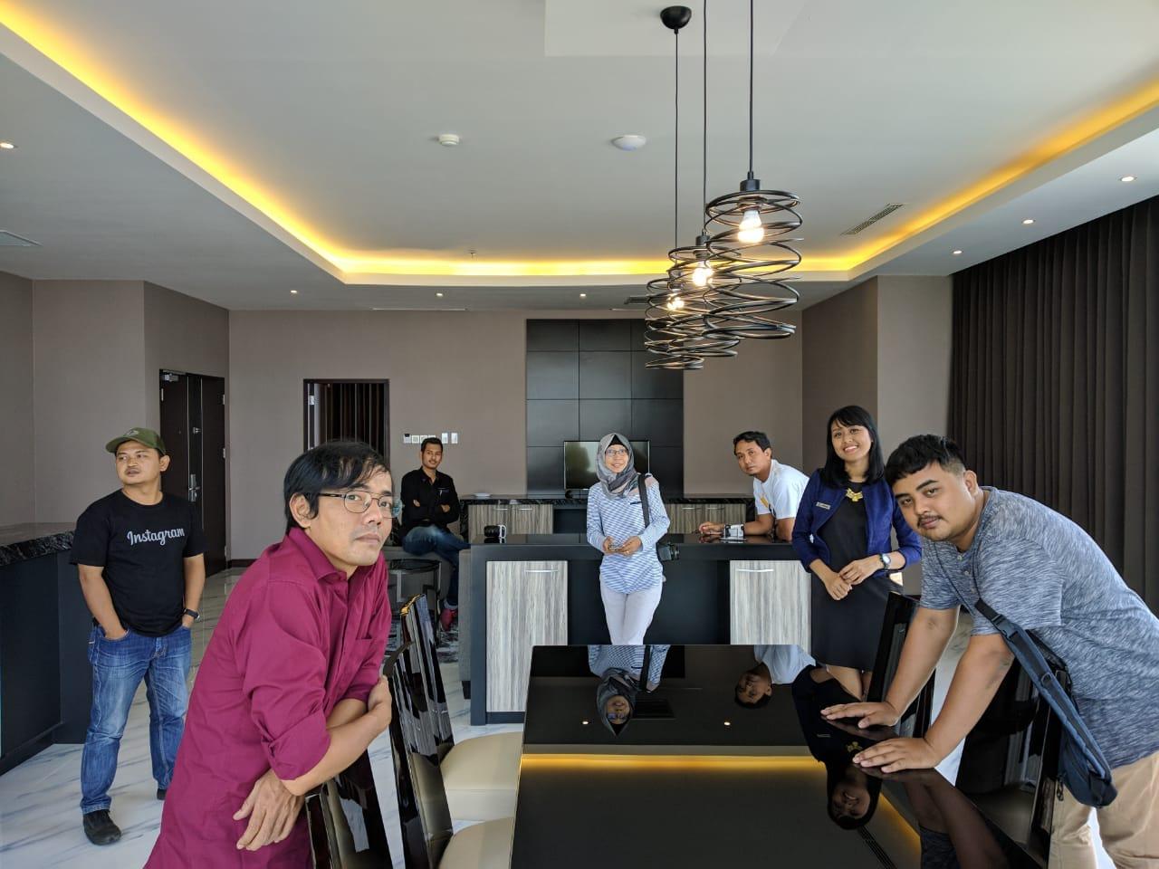presiden suite hotel grand karlita purwokerto